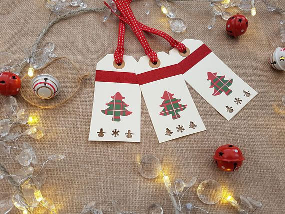 Beautiful handmade Christmas tags x 3 - Red tartan Christmas tree