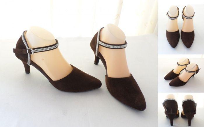 Sepatu Diamond Mewah Warna Coklat Tua Bahan Beludru Heels 7 Cm