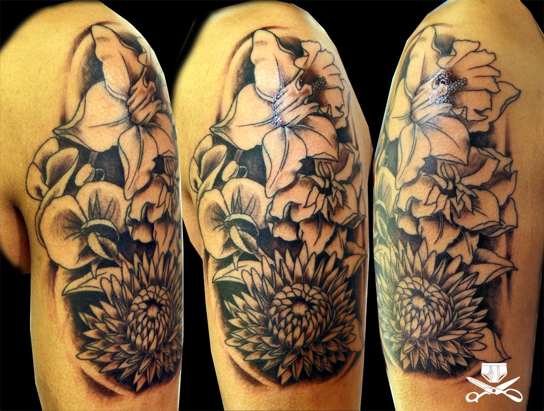 Black And White Vs Color Flower Tattoo Shoulder Flower Tattoo On Side Tattoos
