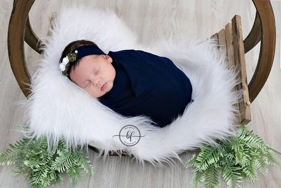 Um pacotinho de amor chamado Alice ♥️  #BoaNoite #recemnascido #newborn #maternidade #maedemenina #bebe #gestante #o #baby #ensaionewborn #maedeprincesa #gravidez  #gravida #newbornphotography #beb #maternidadereal #fotografia #mamae #enxovaldebebe #rec #gestantes #gravidas #amamentacao  #babygirl #mnascido #bhfyp #mundocorderosa #ButewiczFotografia   Assistência Newborn @allanatainna -------------------------------------  Os nossos pequenos crescem muito rápido não é?!  Não deixe de registrar n