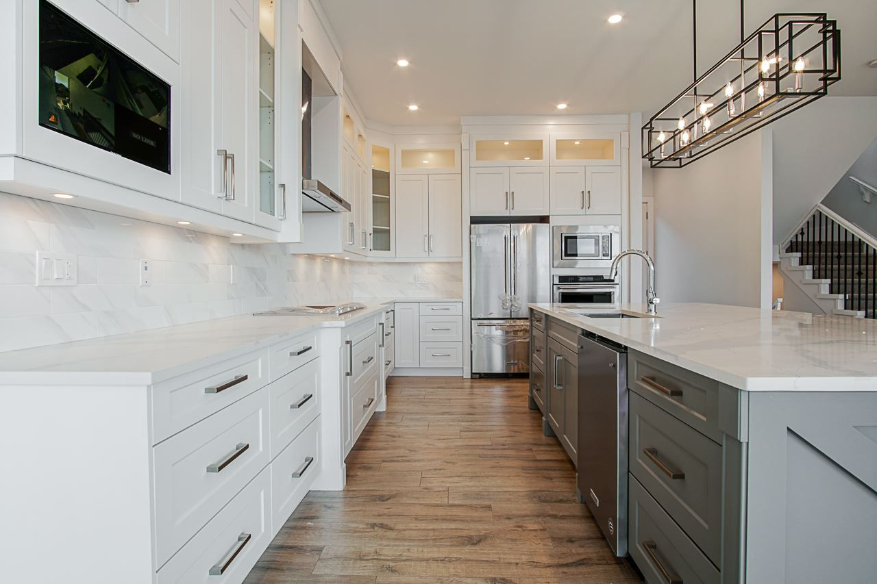 Caconstructionbayarea Com Has Made A Name In The Remodeling Industry By Providing Amazing Custom Kitchen Cust Kitchen Remodel Cabinets And Countertops Kitchen