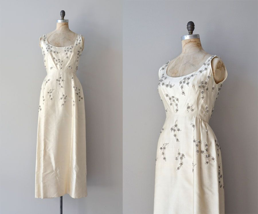 1960s wedding dress / 60s wedding gown / Fairest Star gown ...