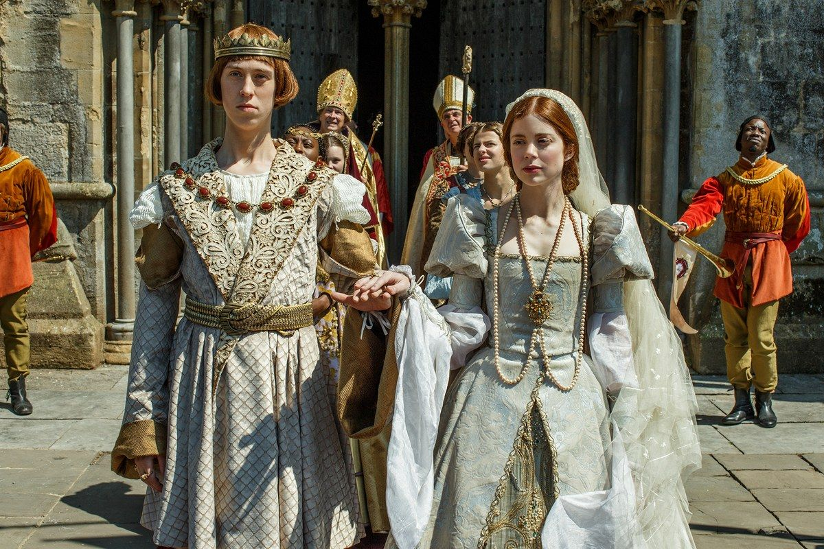In The Spanish Princess, Catherine of Aragon's Wedding Dress May ...