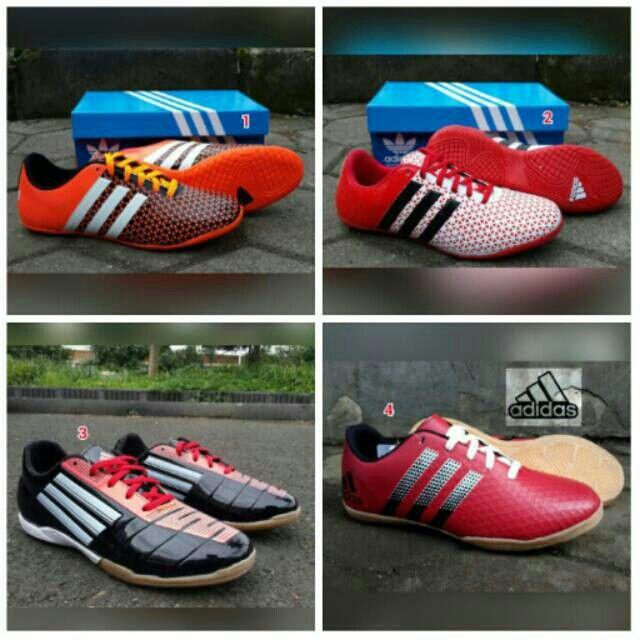 Saya Menjual Sepatu Adidas Futsal Murah Seharga Rp179 000