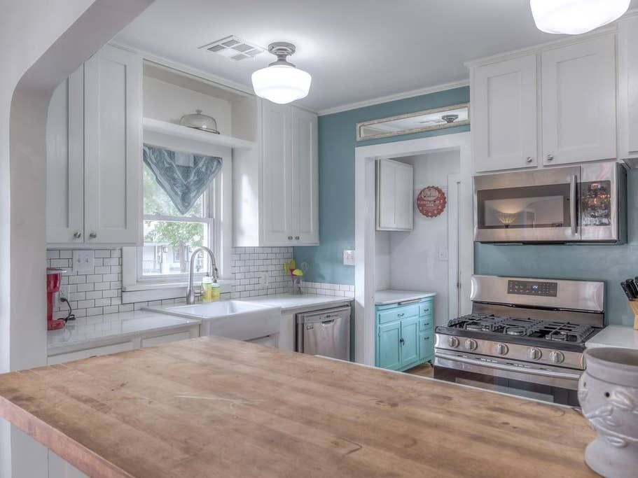 Adorable Airbnb For Rent In Tulsa Ok Two Bedrooms One Bath Accommodates 5 People In 2020 Renting A House Updated Kitchen House