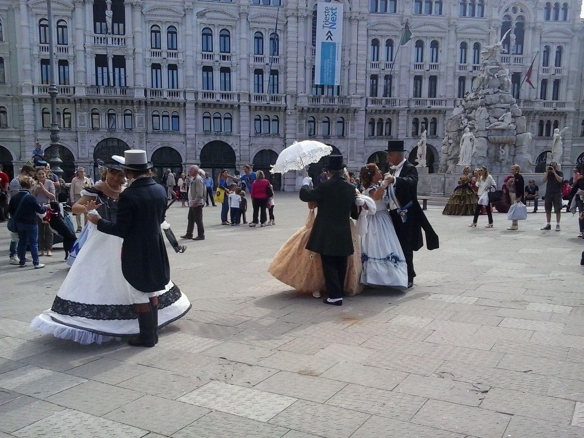 Trieste aburgica organizzata dal Caffè degli Specchi