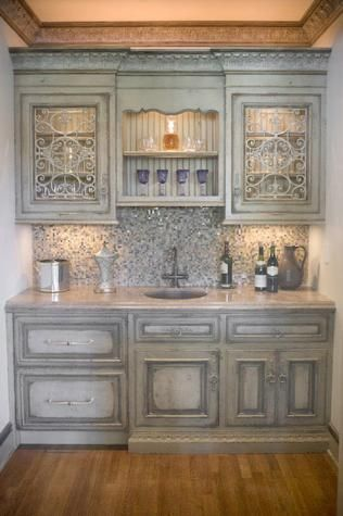 Love This French Country Butler S Pantry By Habersham Cabinetry Pantry Design Blue Cabinets Decor