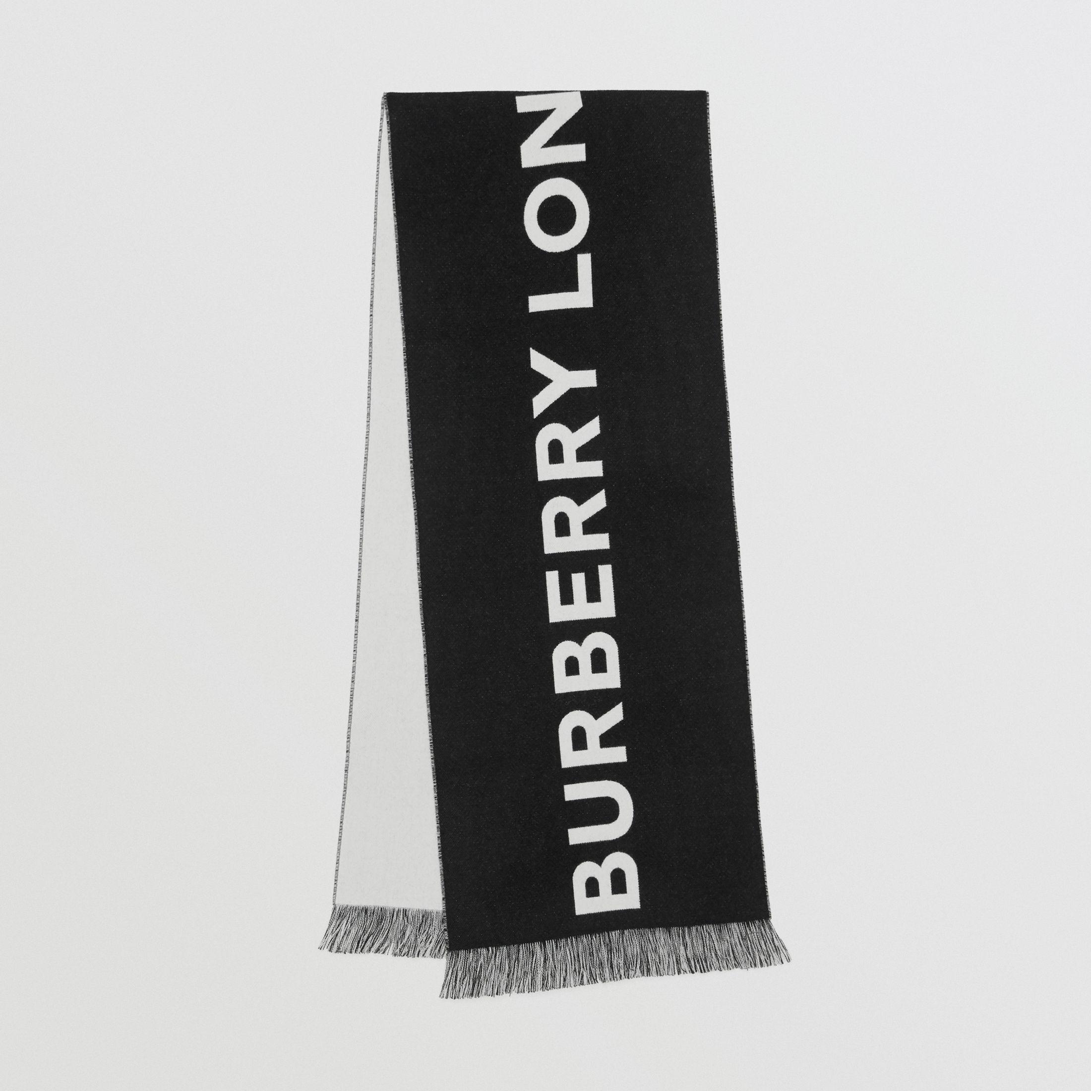 Burberry Ricardo Tisci for Burberry black & white logo