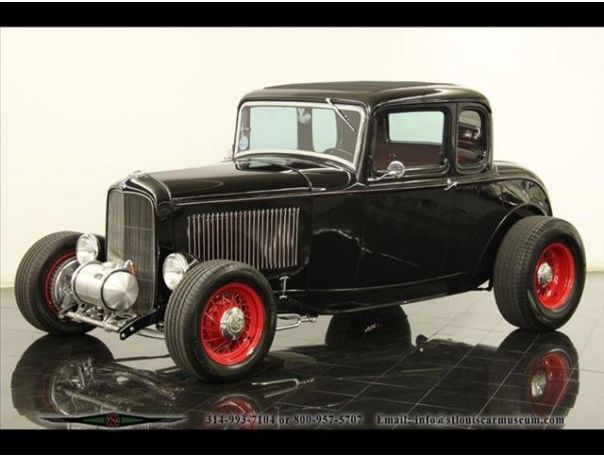 1932 Ford 5- Window Coupe Street Rod