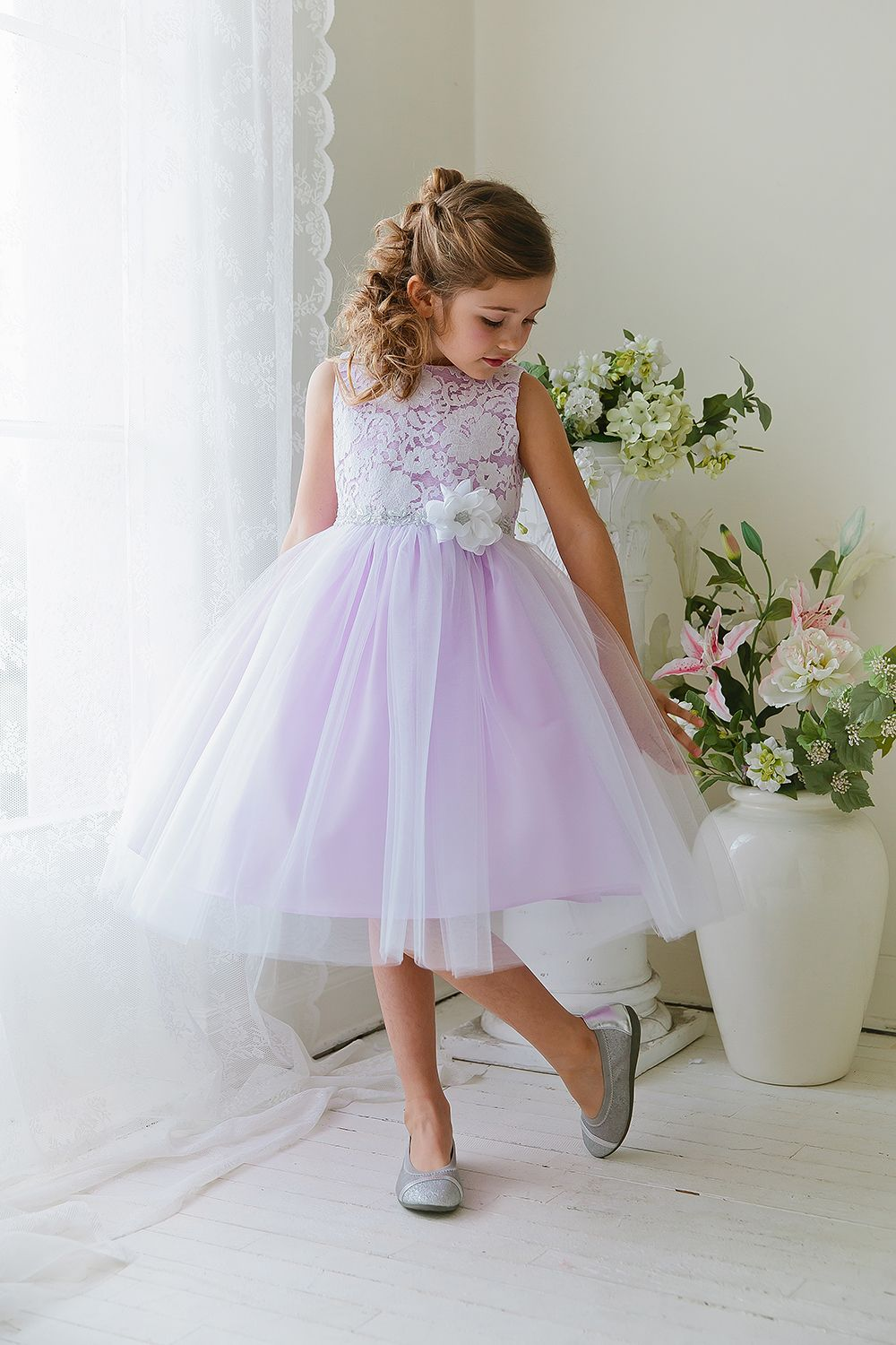 White/Lilac Sleeveless PolyCotton Lace Top Flower Girl
