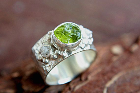 Hey, I found this really awesome Etsy listing at https://www.etsy.com/listing/161274661/rough-diamond-peridot-ring-sterling
