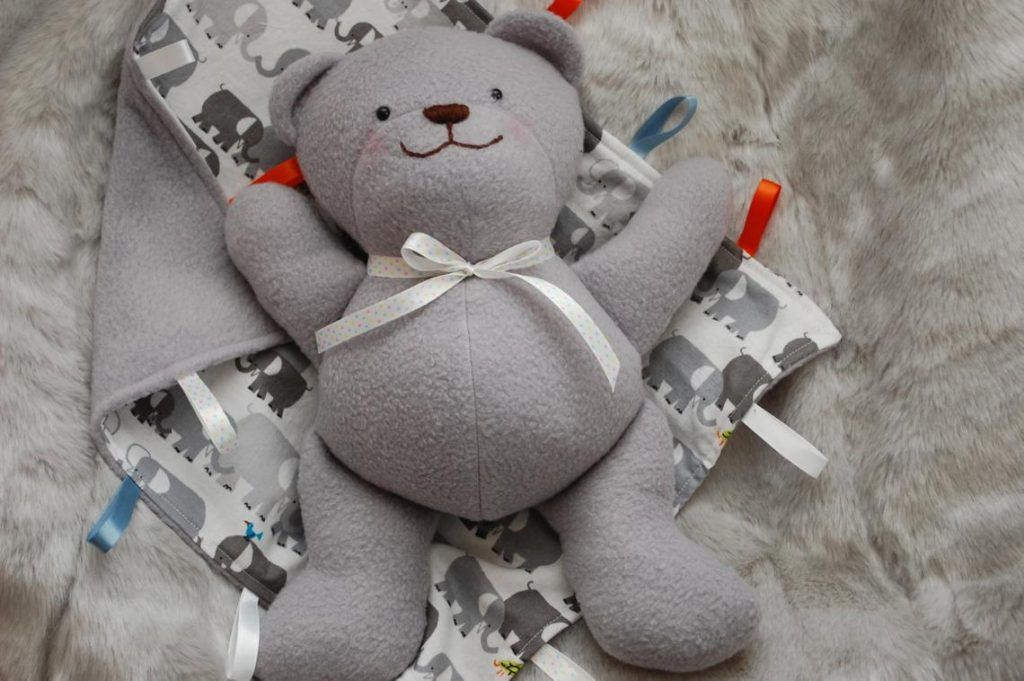 20+ of the cutest teddy bear sewing patterns - Swoodson Says #teddybearpatterns