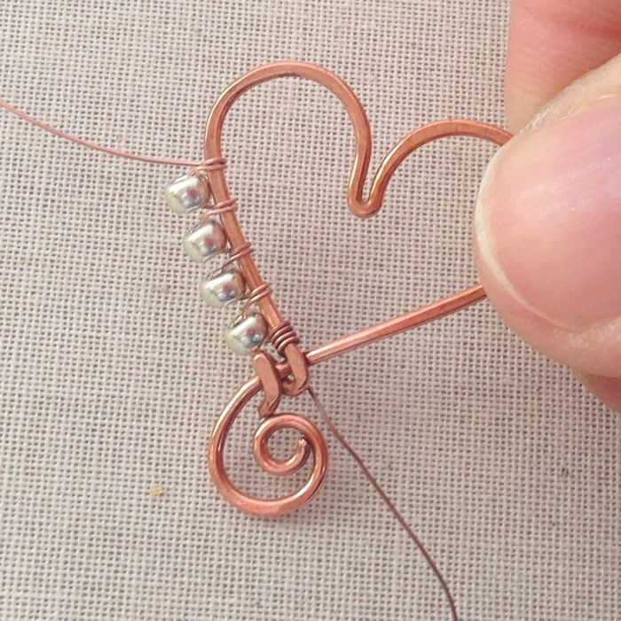 Lisa Yang\'s Jewelry Blog: How to Wrap Beads to the Outside of a Wire ...