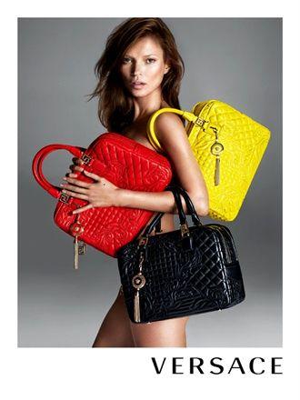 Kate Moss para la campaña publicitaria Fall/Winter 2013-2014 Versace