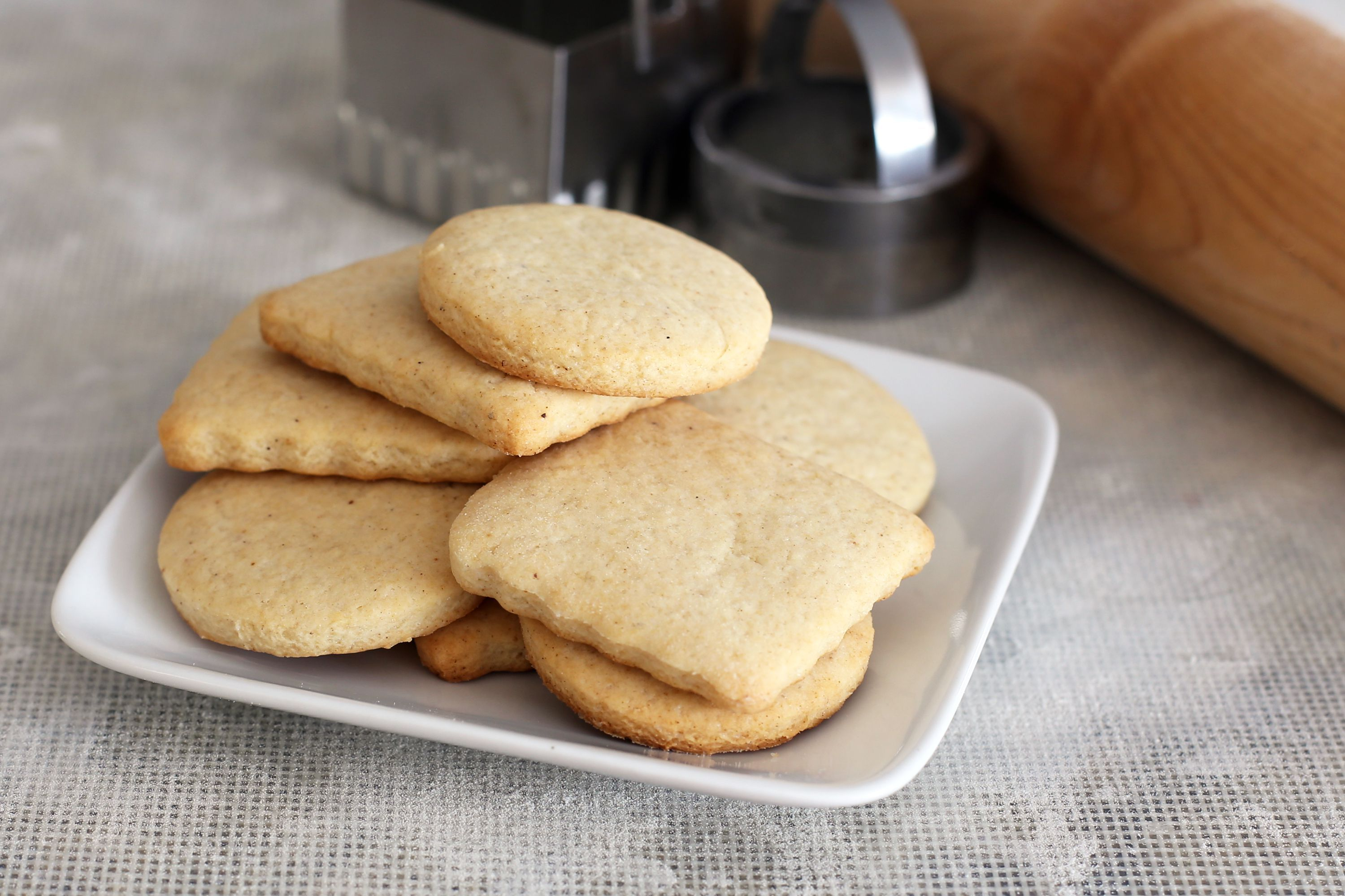 Soft Sugar Cookies With Sour Cream Recipe Sour Cream Recipes Cookie Recipes Homemade Soft Sugar Cookies
