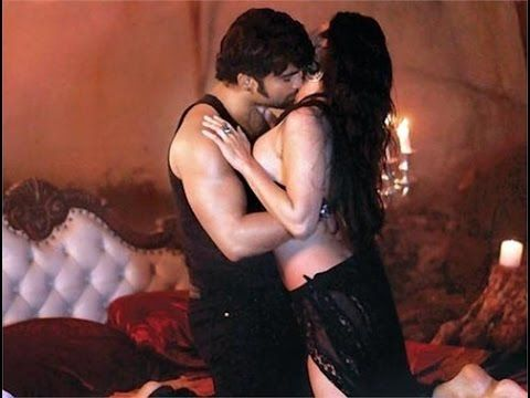 Bollywood Hot Song Hot Kissing Scene Disha Patal