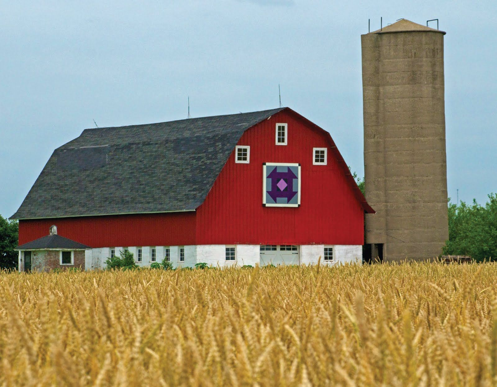 Pennsylvania dutch barn barn stars rose from pennsylvania dutch pennsylvania dutch barn barn stars rose from pennsylvania dutch tradition not amish hex signs barns disappearing from the landscape pinterest biocorpaavc Images
