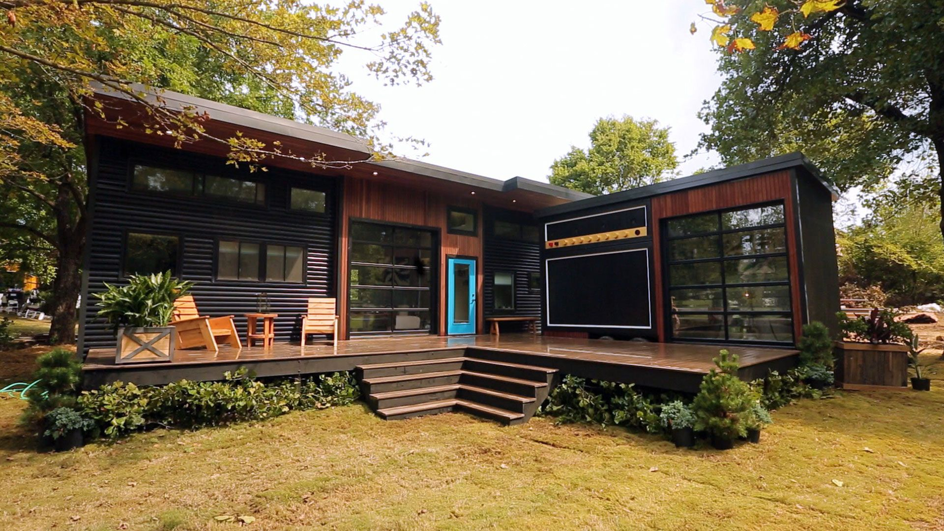 Watch 400 Sq Ft Amplified Tiny House Full Episode Tiny