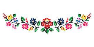 Modelo Popular Floral Hungaro Bordado De Kaloscai Con Las Flores Y