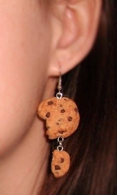 chocolate chip cookie earrings 10.00