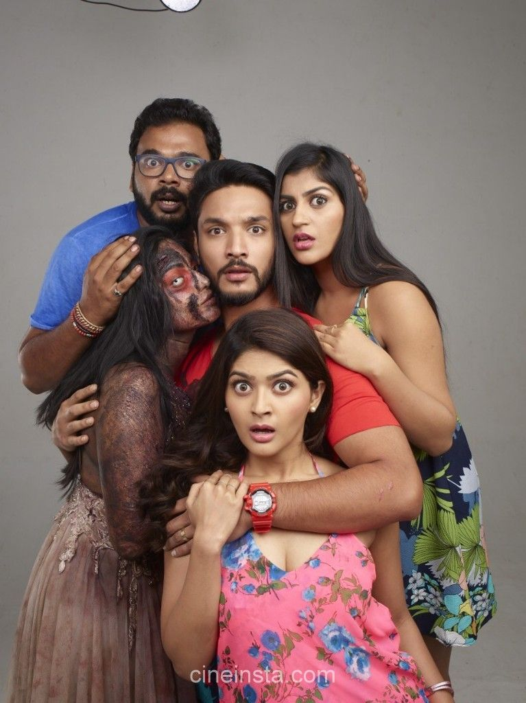 Watch Iruttu Araiyil Murattu Kuthu Full-Movie Streaming