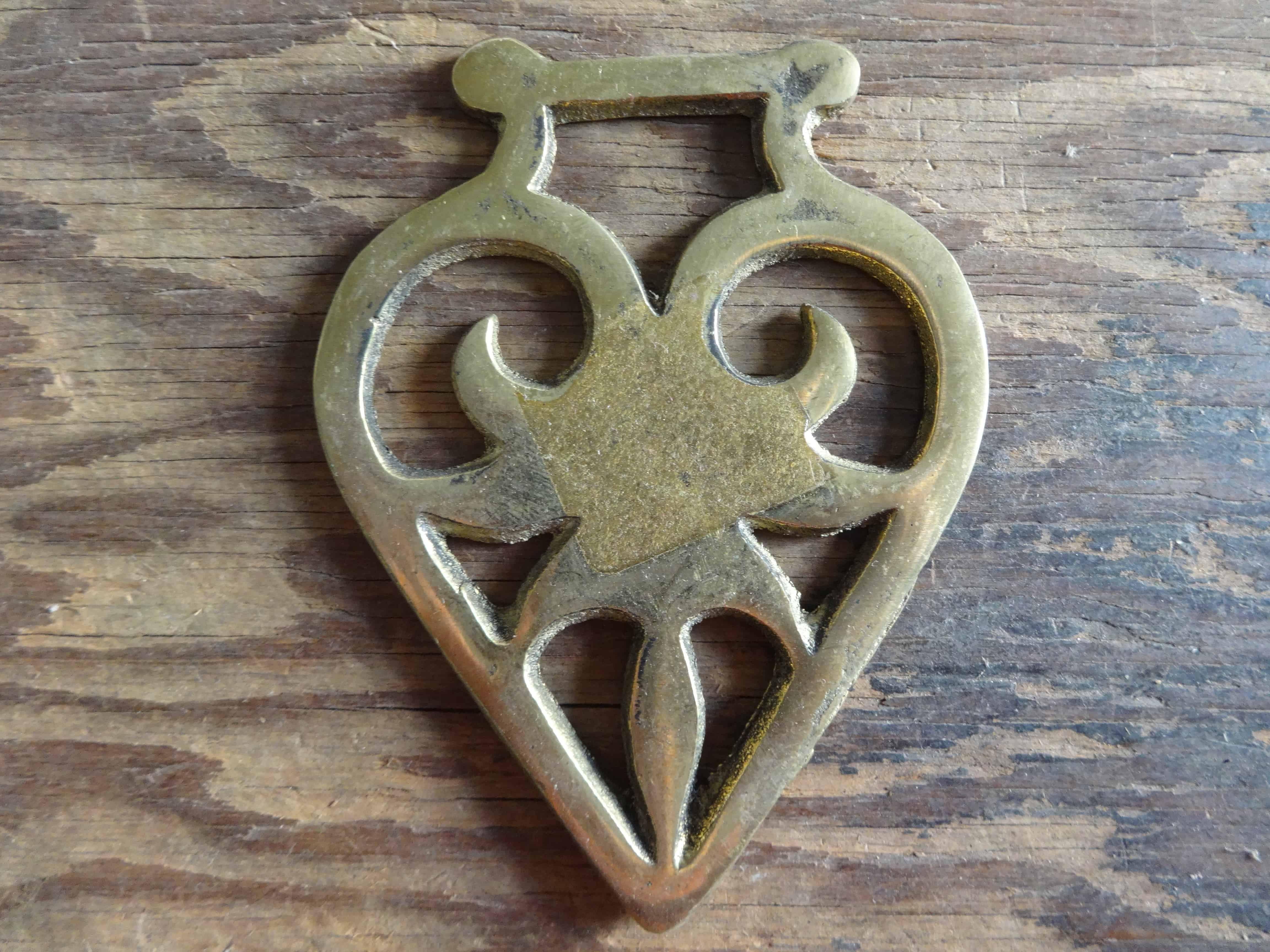 Vintage English Golden Heart Love Horse Brass Martingale