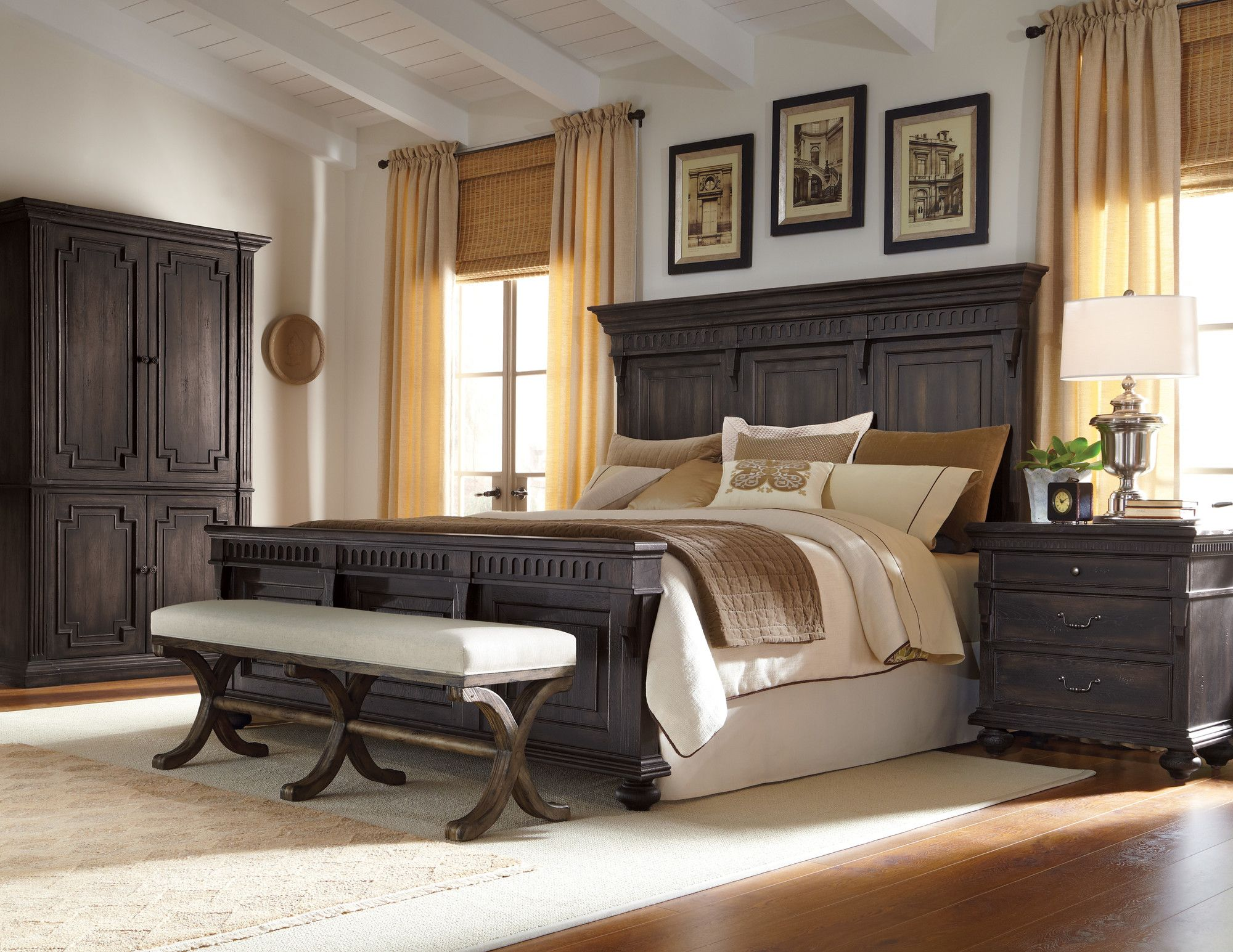 Accentrics by Pulaski Kentshire Panel Bedroom Collection
