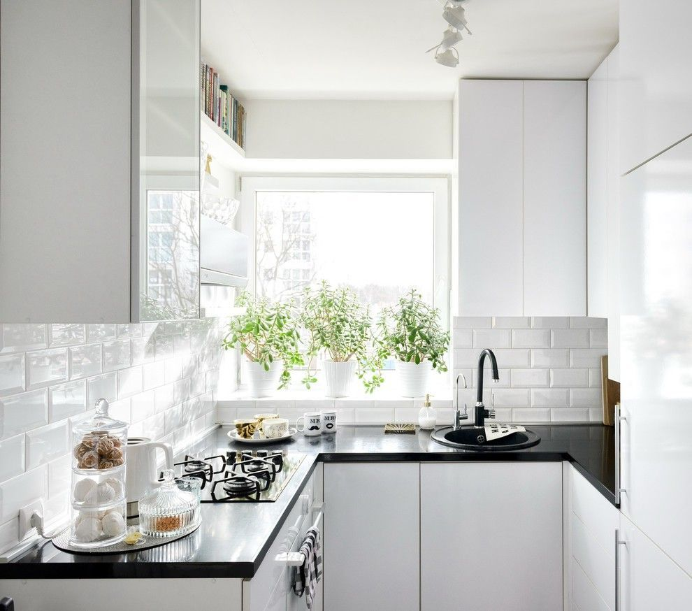 Как обустроить маленькую кухню: 9 полезных советов для максимальной ...
