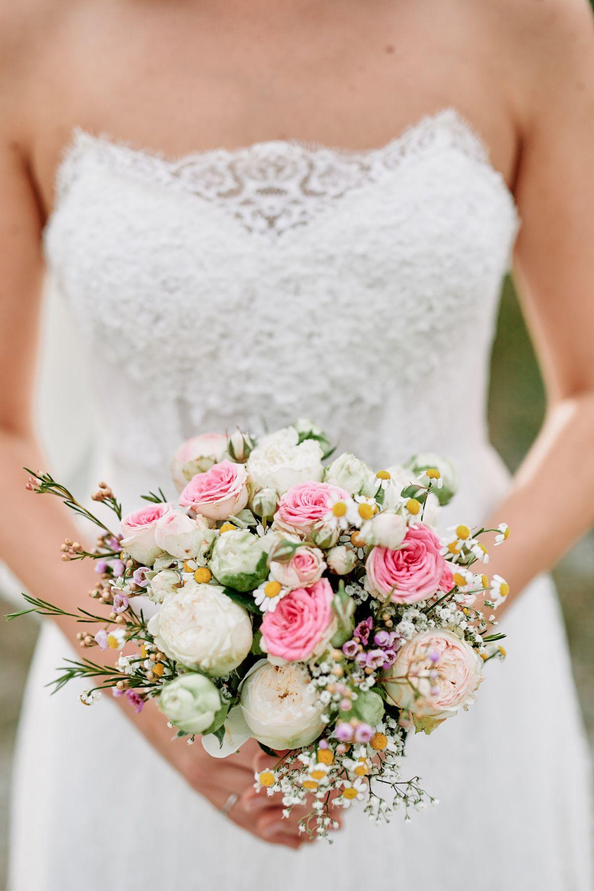 Blumen Hochzeit Mai Blumen Im Mai Einzigartige Fotos Hochzeit Foto