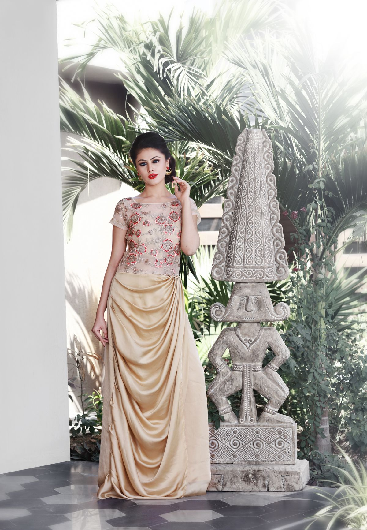 Looking For A Gown Style Indian Wedding DressIndianIndian Gowncelebrity