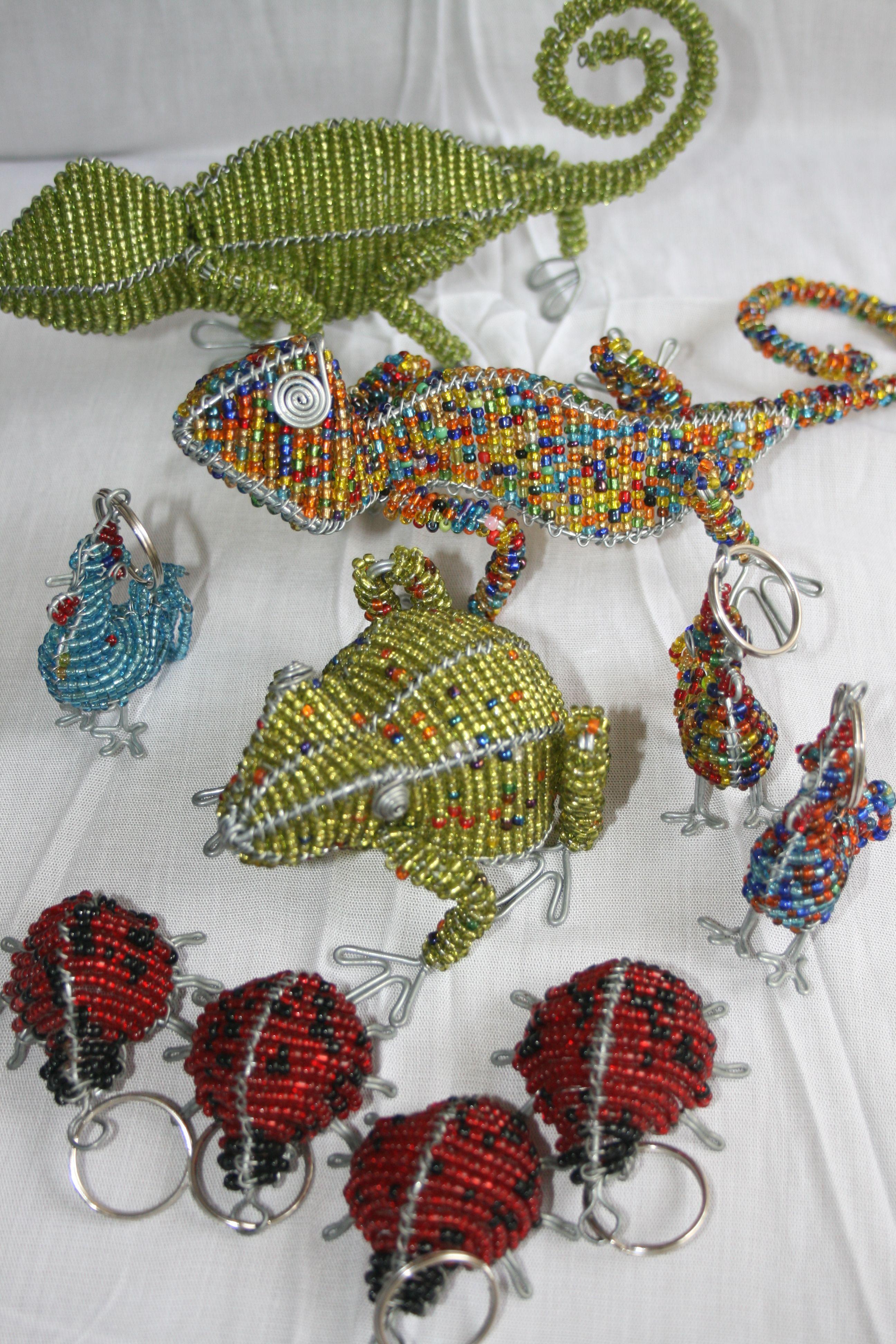 African wire and bead animals | Crafts | Pinterest | Perlentiere ...