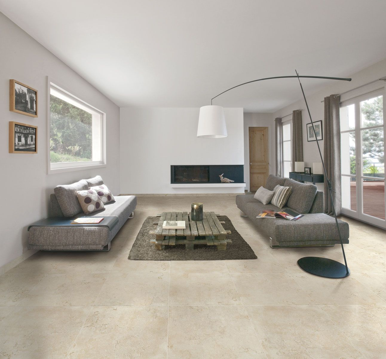 Charme et authenticit avec le carrelage imitation pierre for Carrelage 45x45 beige