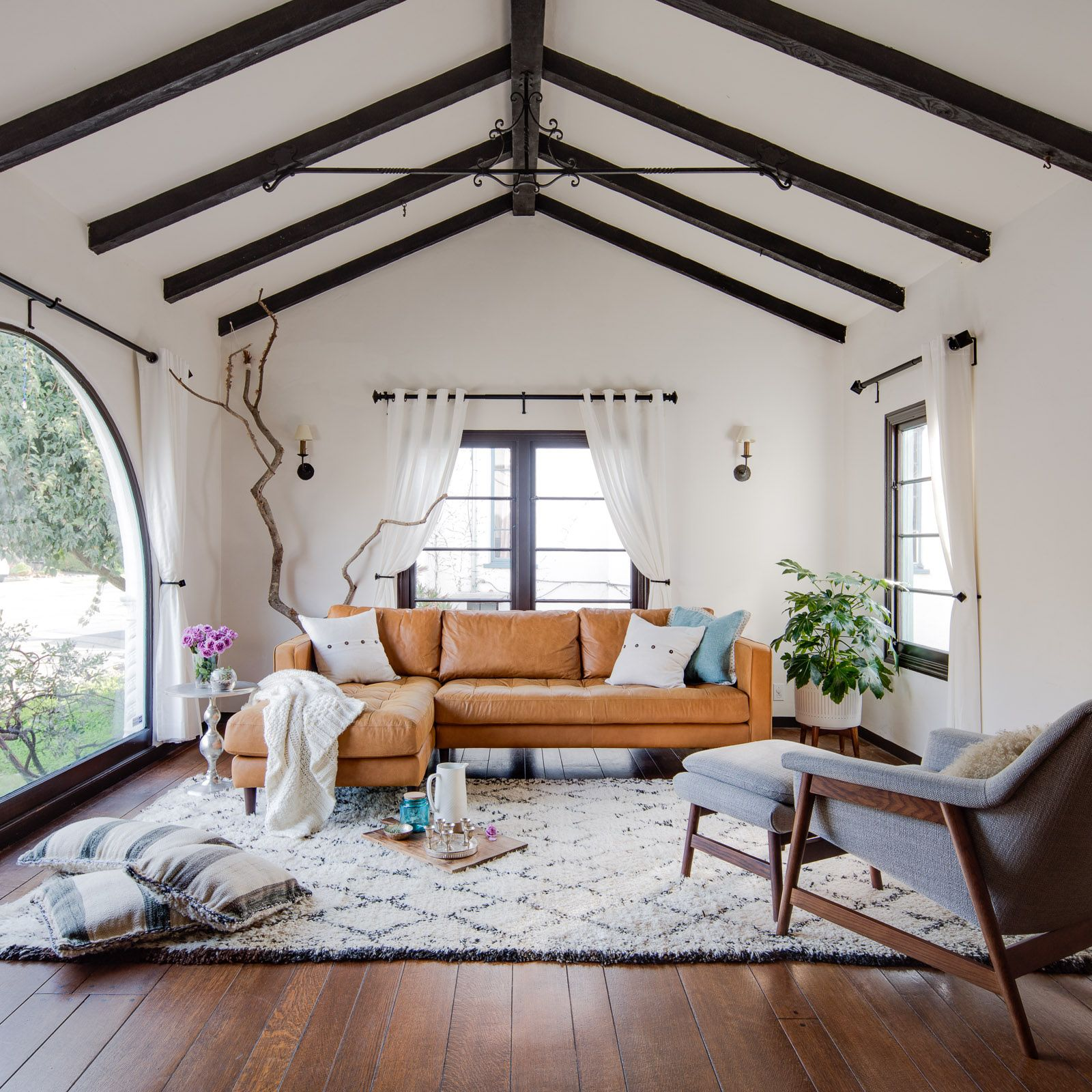 Charming Spanish Bungalow Oakland Ca Production Peerspace Spanish Living Room Spanish Bungalow Living Room Remodel #spanish #style #living #room #furniture