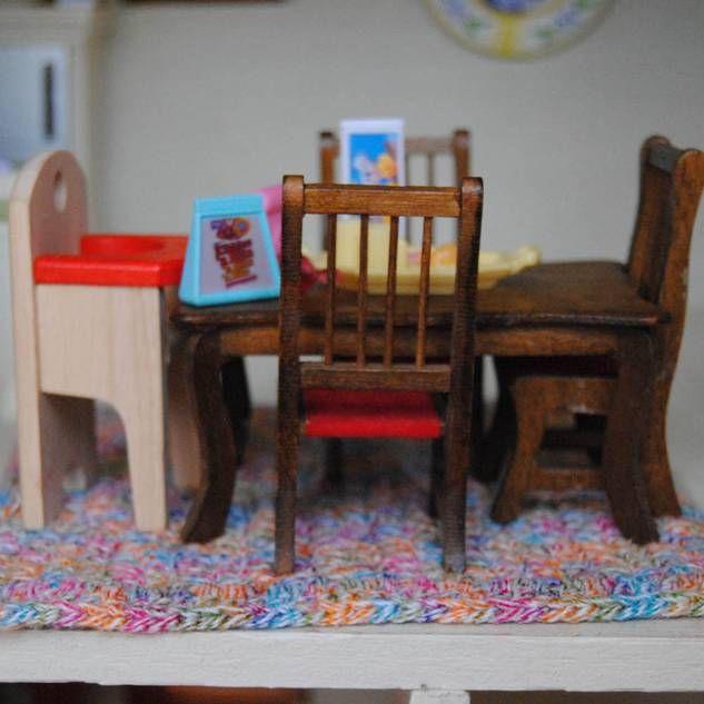 puppenh user und puppenm bel bauen anleitungen basteln. Black Bedroom Furniture Sets. Home Design Ideas
