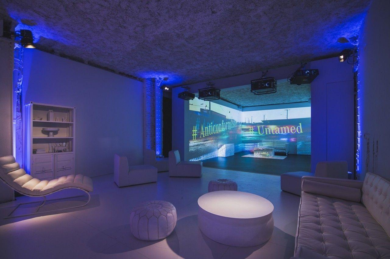 Mercedes-Benz eröffnet einzigartige Fotoausstellung zur Markteinführung des neuen CLA Coupés: #Untamed inszeniert außergewöhnliche Instagram Fotos in Paris