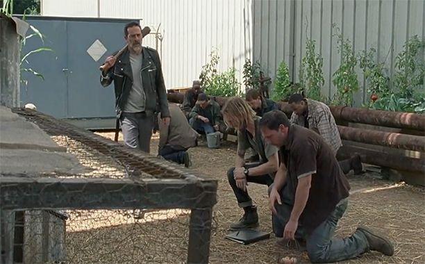 The Walking Dead: Jeffrey Dean Morgan explains why the Saviors follow Negan   EW.com