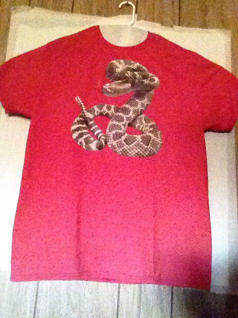 Rattle snake tee