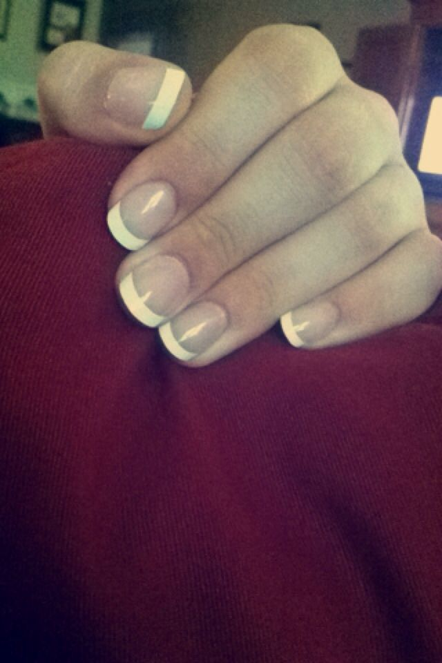 Perfect french tips easy diy manicure simply from buying the perfect french tips easy diy manicure simply from buying the acrylics and gluing them on solutioingenieria Gallery