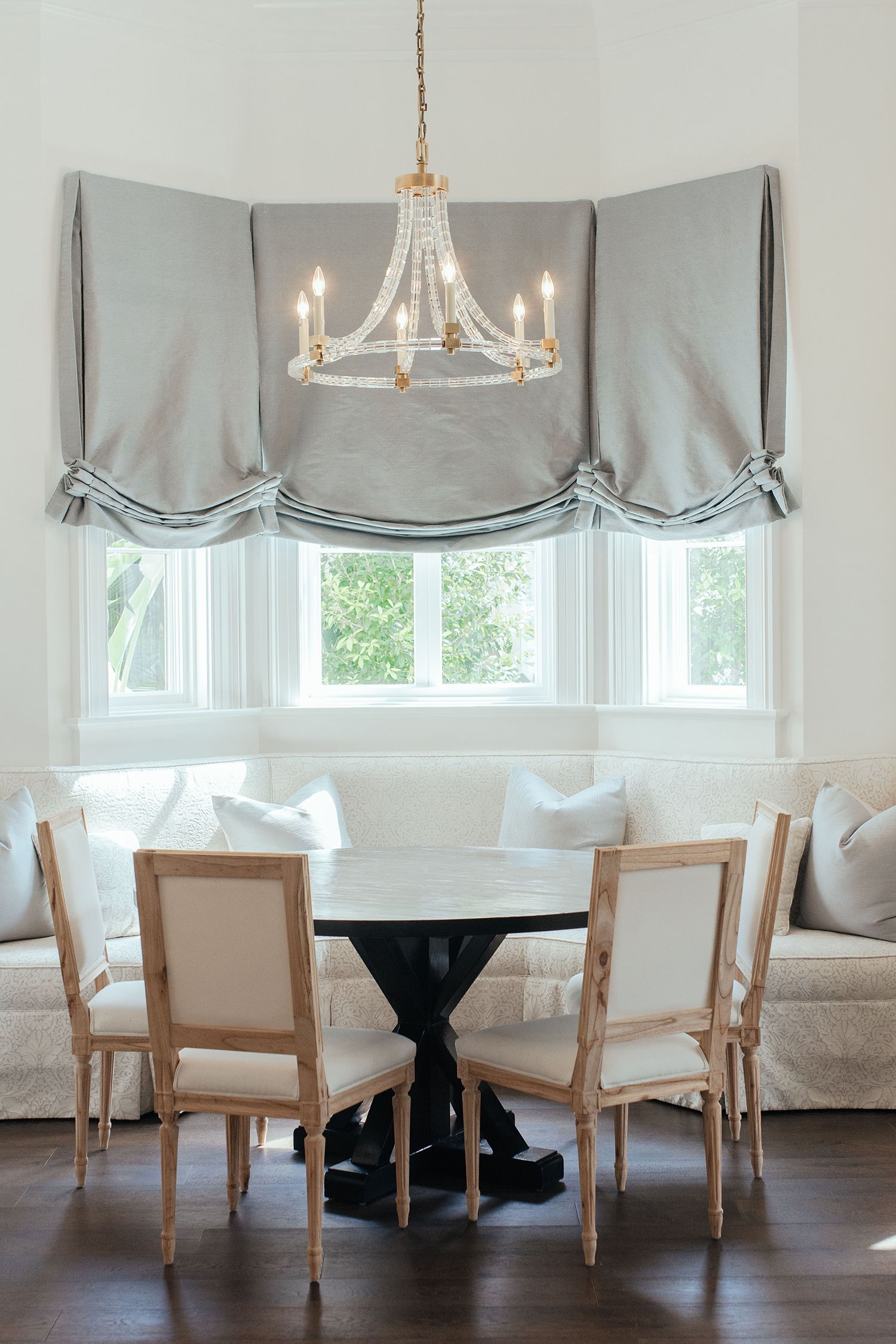 Casual Dining Room Design Ideas Jax Pedestal Table And Bienville Chairs From The Raw Line From Ave Bay Window Curtain Inspiration Bay Window Bay Window Seat