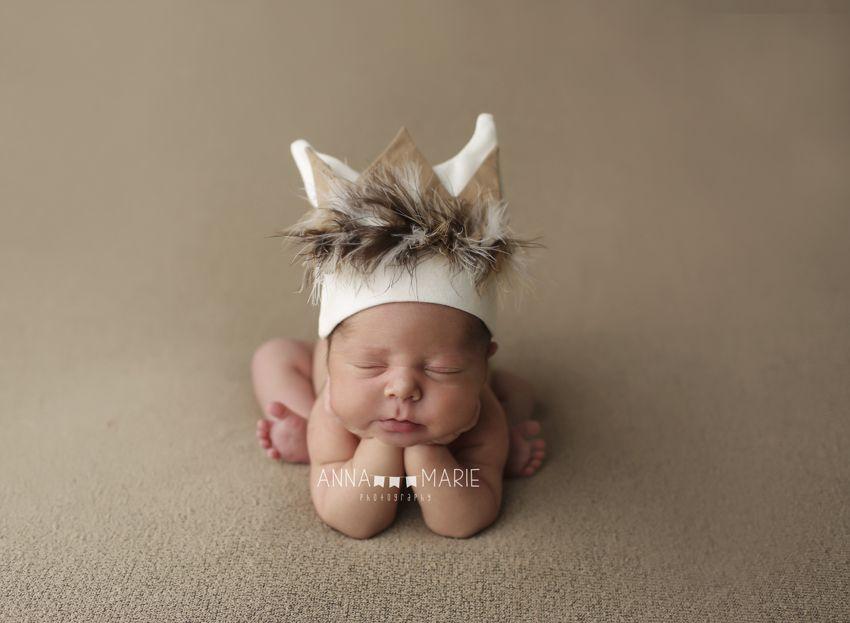 Kansas City Newborn Photographer, baby photos, Kansas City, newborn portraits, where the wild things are, newborn posing, froggy, baby crown