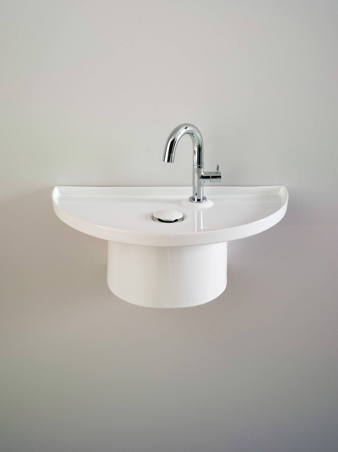 Handscale Small Wall Hung Washbasin In White Ceramic The Basin Can Be Fixed At Diffe Distances From Elite Bathware And Tiles