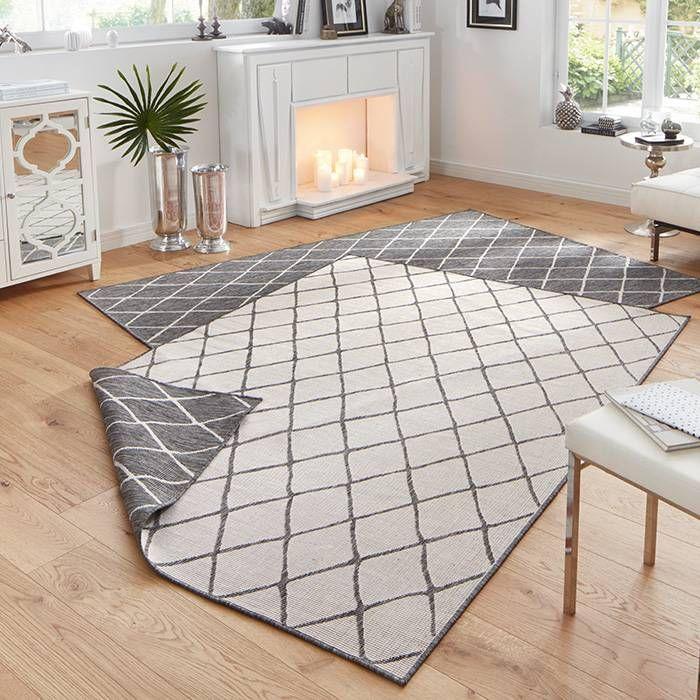 Vul jouw tuin óf woonkamer aan met een vloerkleed Twin Lines - Grijs ...