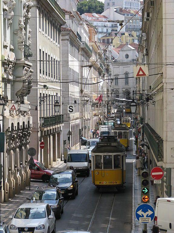 Tranvia por la ciudad de Lisboa