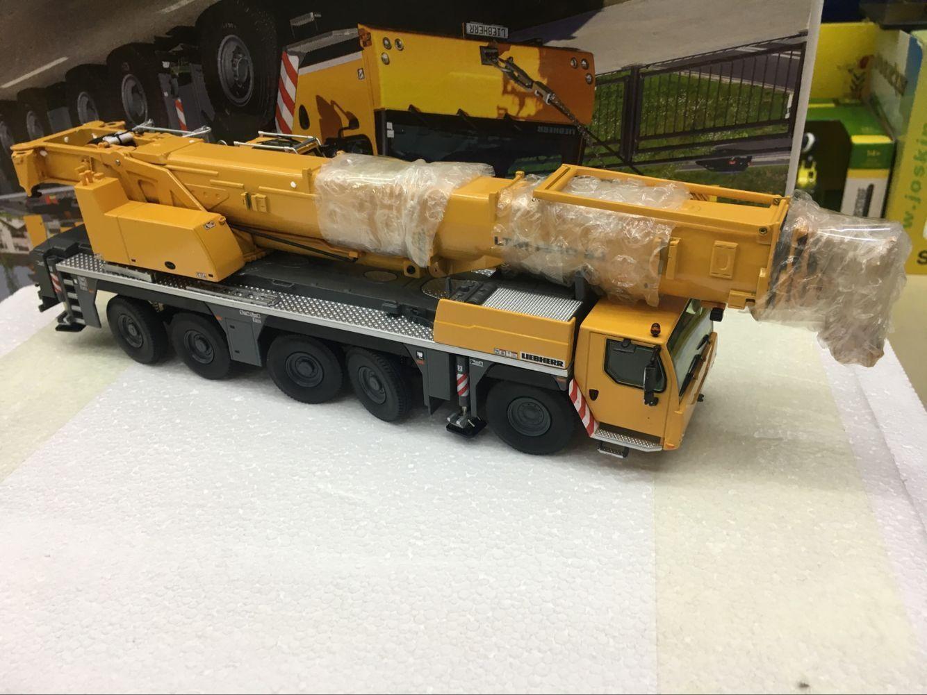 Nzg 959 Liebherr Ltm 1250 5 1 Mobile Crane Liebherr Livery Scale 1 50 Crane Crawler Crane Scale