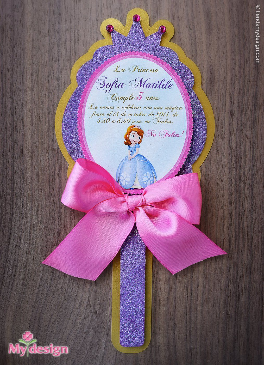 Pin de Kelly Carrillo en Ideas para fiestas infantiles Espejo de princesa, Invitaciones de
