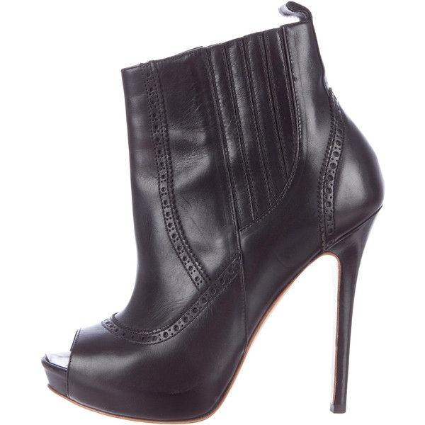 Pre-owned Alexander McQueen Ankle Boots (€245) ❤ liked on Polyvore featuring shoes, boots, ankle booties, black, black boots, black peep toe booties, black peep toe bootie, ankle boots and peep toe ankle boots