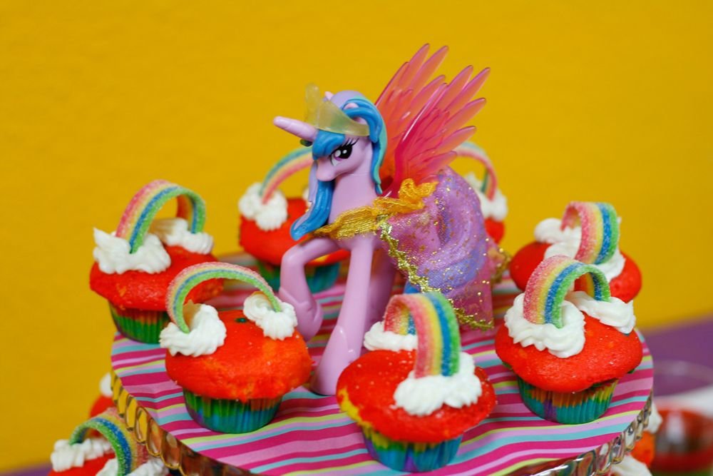 Cupcake stand with My Little Pony themed rainbow cupcakes.