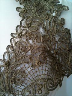 Rosemary Cathcart Antique Lace and Vintage Fashion: Glorious Gold