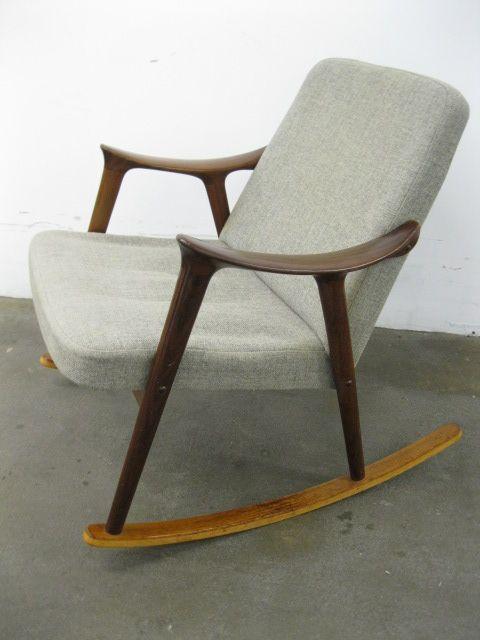 Exceptionnel Danish Teak Rocking Chair By Hans Olsen