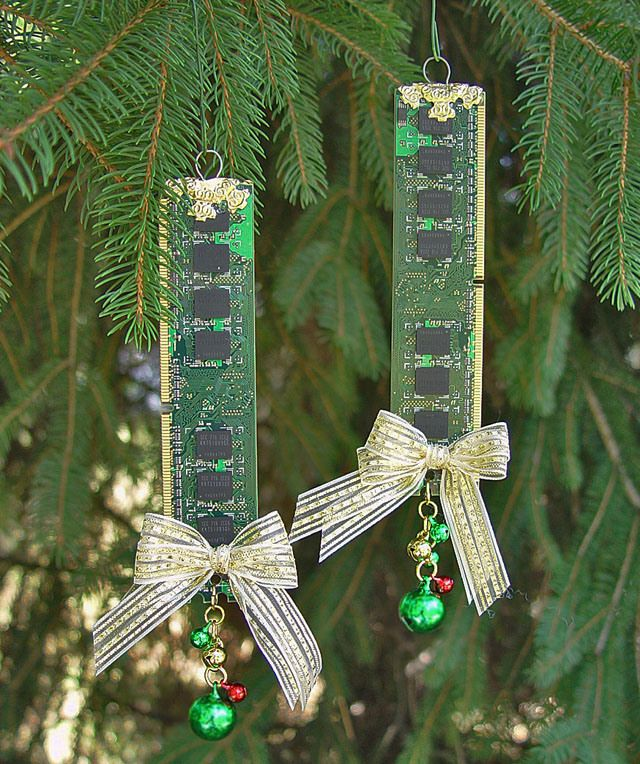 Recycled Computer Memory Christmas Tree Ornaments - Recycled Computer Memory Christmas Tree Ornaments Reuse, Recycle